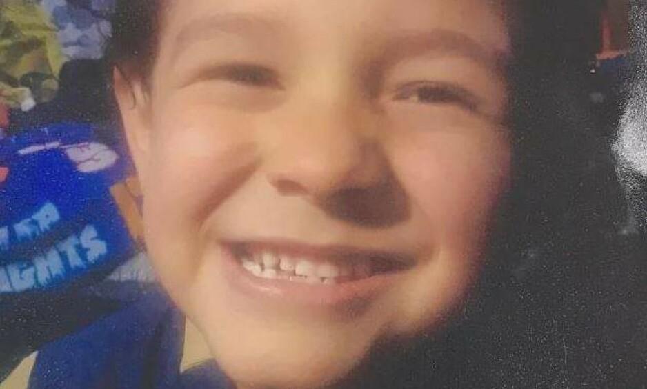 SAVNET: Duke Flores har vært savnet i over to uker. Mora og tanta er siktet for drap. Foto: Politiet
