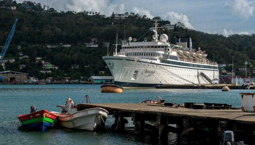 TROSSAMFUNN: Cruisekipet «Freewinds» er eid av scientologikirken. Trossamfunnet er svært omdiskutert. Foto: NTB Scanpix