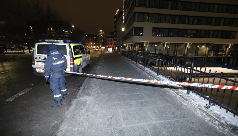 KUNNE BLITT DRAPSMANN: 23. januar i år ble en 18 år gammel mann knivstukket i halsen ved Akerselva på Grønland. Den antatte gjerningspersonen, en 14 år gammel gutt, var ifølge politiet bare millimeter fra å bli drapsmann. Foto: Fredrik Hagen / NTB scanpix
