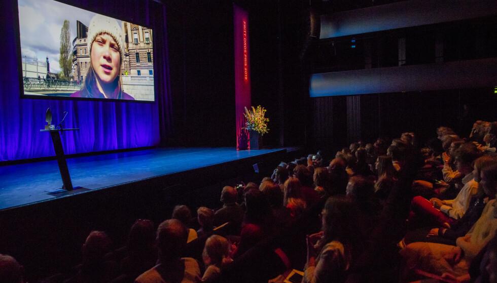 OSLO: Klimaaktivist Greta Thunberg takker for Fritt Ords pris i en videotale som vises under utdelingsarrangement på Operaen i Oslo onsdag. Foto: Håkon Mosvold Larsen / NTB scanpix
