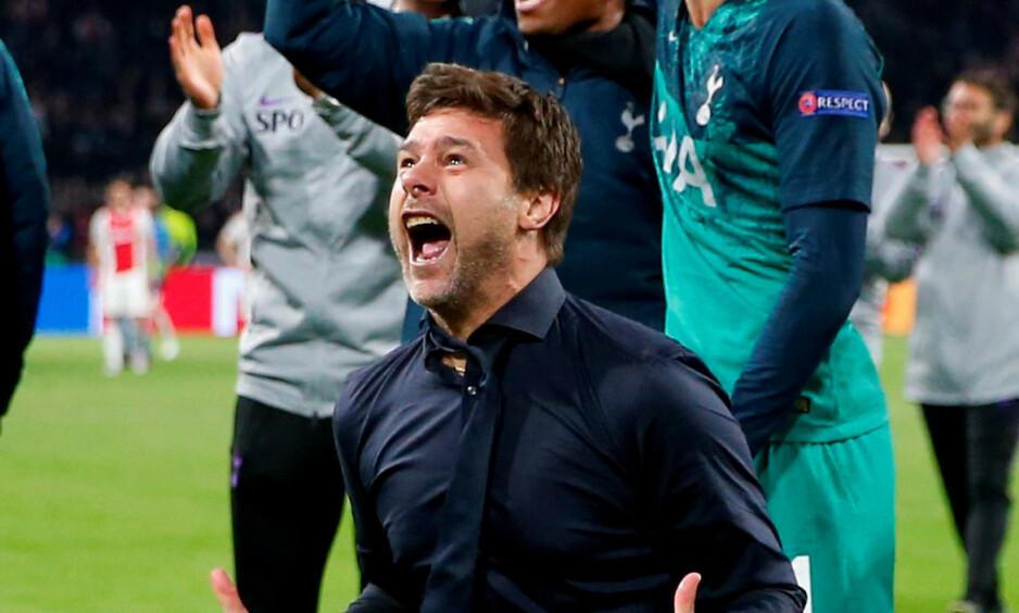 DEN STØRSTE VINNEREN: Tottenhem-manager Mauricio Pochettino var utenfor seg selv etter triumfen i Amsterdam. Først gråt han som et barn. Så kom dette. Foto: AP