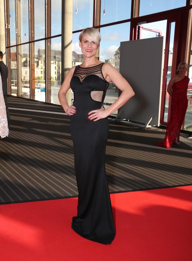 KLAR FOR GLAMOUR: Kveldens vertinne, Sigrid Bonde Tusvik, lover hele seks kjoleskift i løpet av prisutdelingen. Foto: Andreas Fadum