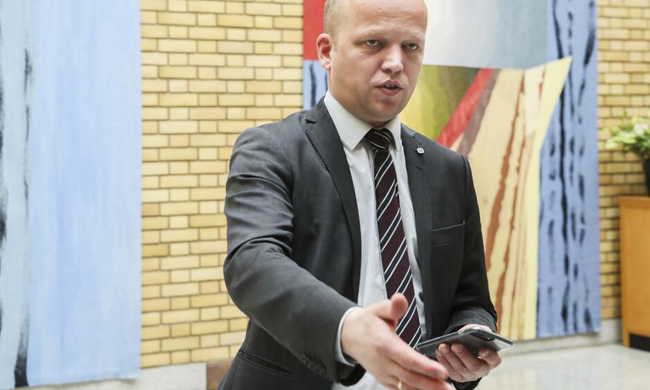 Oslo  20190514. Sp-leder Trygve Slagsvold Vedum i vandrehallen. Foto: Vidar Ruud / NTB scanpix