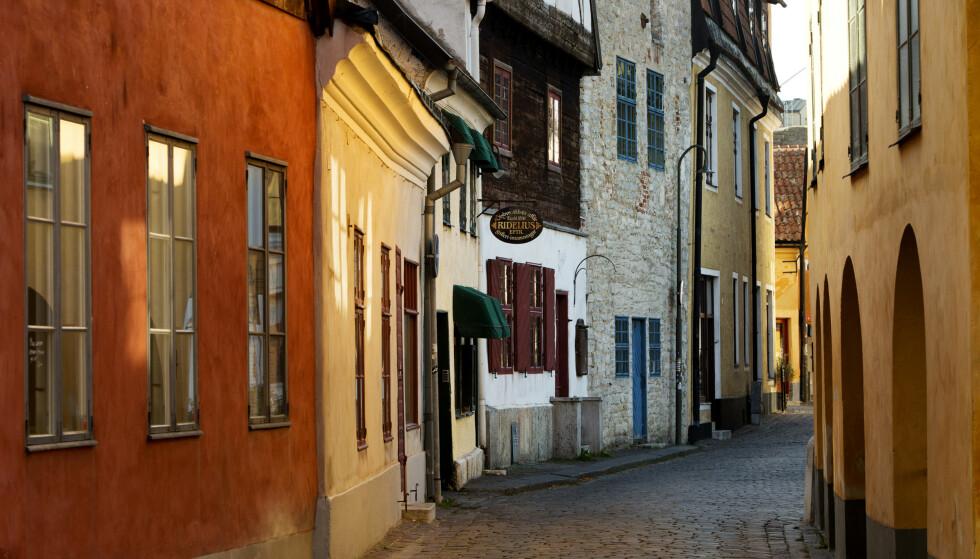 Middelalderby: Visby er på UNESCOS Verdensarvsliste - og har drøssevis av velbevarte hus og bygninger fra middelalderen. Og daglige, blodferske ridderturneringer!