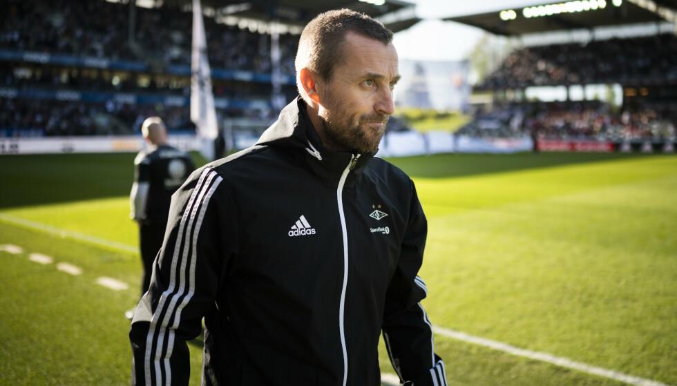HARDT PRESSET: Eirik Horneland har fått en forferdelig start som Rosenborg-trener. I kveld venter Mjøndalen på Lerkendal. Foto: Ole Martin Wold / NTB scanpix