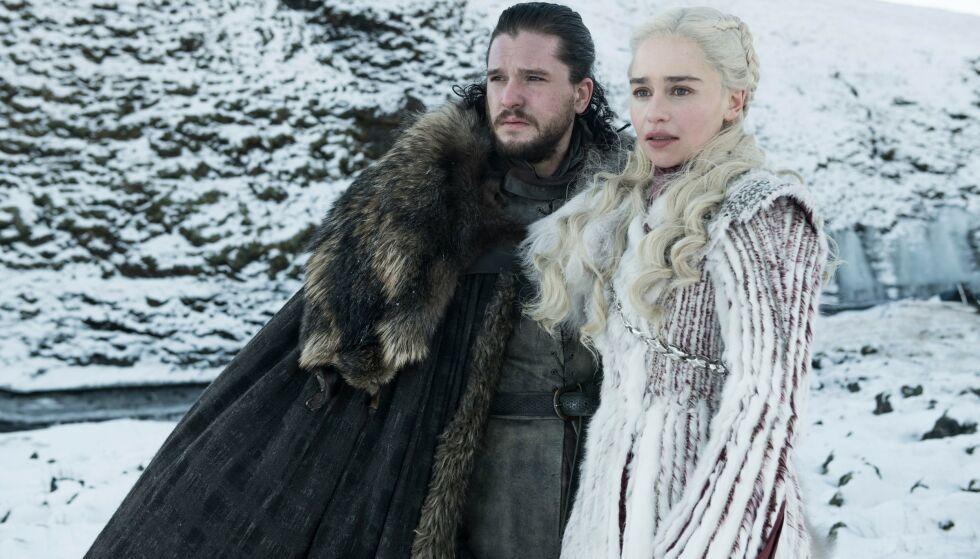FERDIG: Kit Harington (Jon Snow) og Emilia Clarke (Daenerys Targaryen) har spilt sine siste minutter i Game of Thrones. Foto: HBO/BSkyB/Kobal/REX