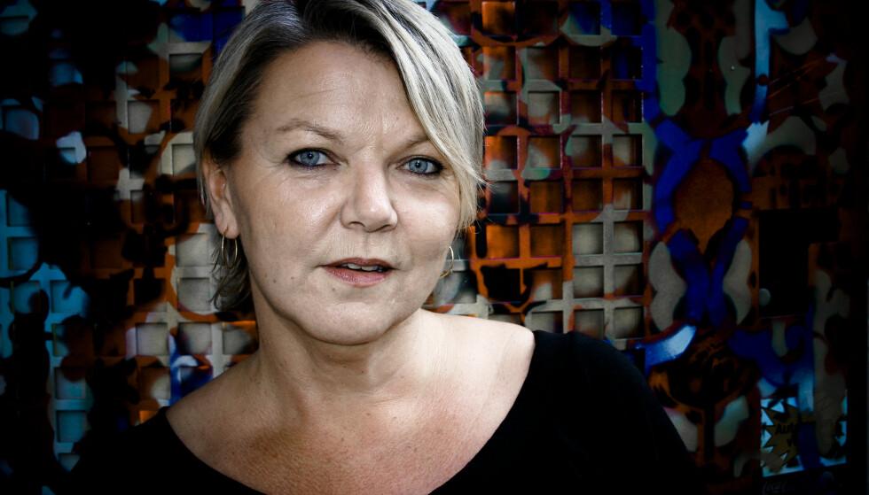 DOBBELTMORALSK: Kriminolog Astrid Renland er administrativ ansvarlig for Pion, sexarbeidernes interesseorganiasjon i Norge. Hun mener sexkjøpsloven fremstår som paternalistisk. Foto: Privat