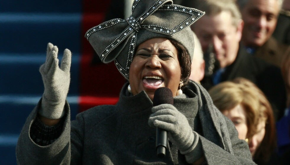 LEGENDE: Aretha Franklin synger under innsettelsen av Barack Obama som president i Washington i januar 2009. Arkivfoto: Jason Reed / Reuters / NTB scanpix
