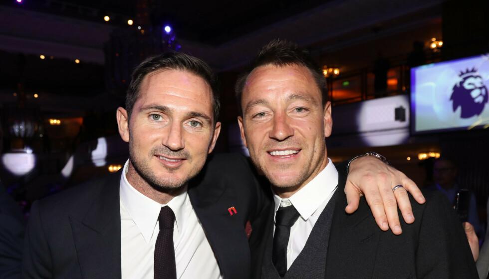 KOMPISER: Frank Lampard og John Terry er gode venner. På mandag må de legge alle følelser til side. Foto: NTB scanpix