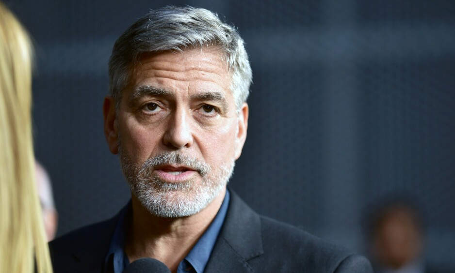 KRASJET PÅ MOTORSYKKEL: George Clooney slapp utrolig nok unna med lettere skader da han var involvert i en ulykke i fjor, men han innrømmer at hendelsen ble en vekker for ham. Foto: NTB Scanpix