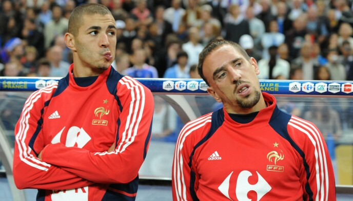 TILBAKE: Karim Benzema (t.v) er tilbake på det franske landslaget. Her sammen med tidligere landslags kollega, Franck Ribéry. Foto: Bertrand Guay