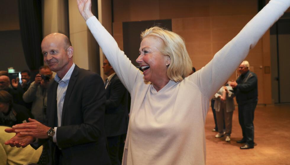 SENSASJON: Berit Kjøll slo overraskende Sven Mollekleiv med to stemmer i presidentvalget i Norges Idrettsforbund. Flott med ny kvinne som sjef, men utfordringen for bevegelsen er fortsatt å få enda bedre mangfold i ledelsen. FOTO Geir Olsen / NTB scanpix