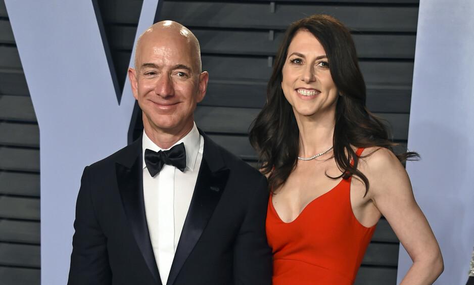 GAVMILD: MacKenzie Bezos ble sittende igjen med en svær formue da hun og Amazon-gründer Jeff Bezos skilte seg tidligere i år. Nå har hun lovet å gi bort minst halve formuen. Foto: Evan Agostini / Invision / AP / NTB scanpix