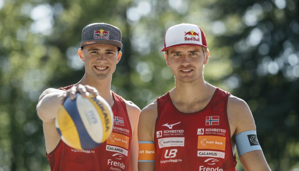 SEIER: Til sandvolleyballspillerne Anders Mol (t.v.) og Christian Sørum. Foto: Norges Volleyballforbund / NTB Scanpix