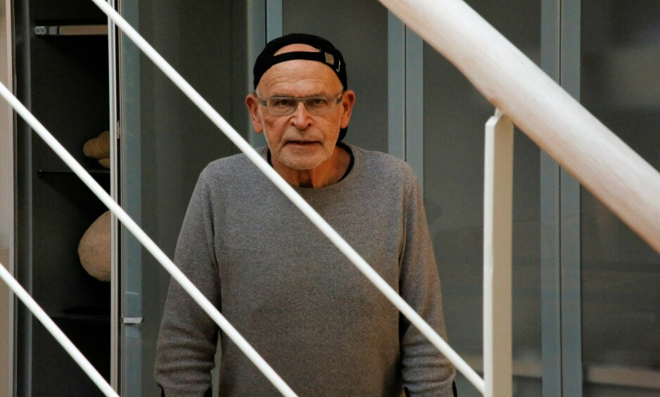 IKKE PÅ KULSVARTE: Günter Wallraff nekter å slå seg til ro med et stivt bein. Foto: Asbjørn Svarstad