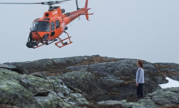 GRÅTT: Det var skiftende vær i området under innspillingen. Foto: Svein Ivarsen / Relevant Film