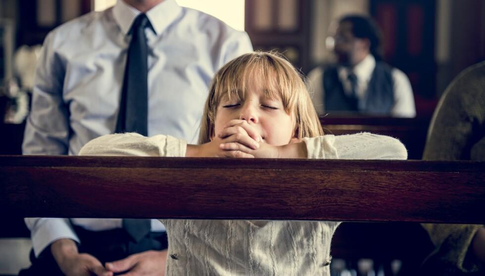 EVIG DØD: Er det en trussel for et barn å få vite at du aldri kommer til himmelen med mamma, pappa og resten av familien hvis du ikke tror på Jesus, men vil forbli evig død og atskilt fra gud, spør innsenderen. Foto: Shutterstock