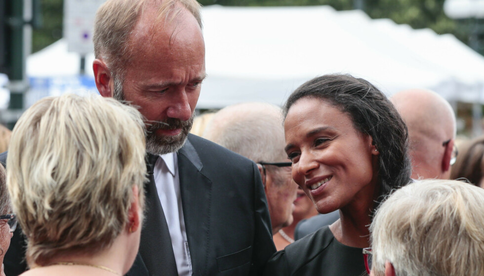 GIFTER SEG: Lørdag gir Trond Giske og Haddy Njie hverandre sine ja i Trondheim. Foto: NTB Scanpix