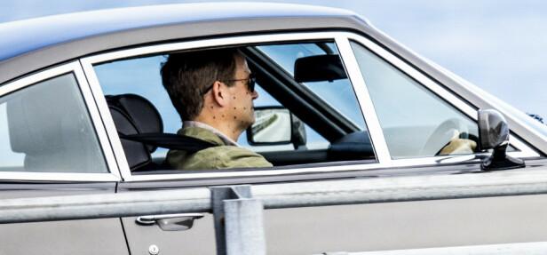 <strong>BYTTER ANSIKT:</strong> Mannen i Bond-bilen vil trolig få ansiktet erstattet når den ferdige filmen kommer ut neste år. Foto: Christian Roth Christensen / Dagbladet