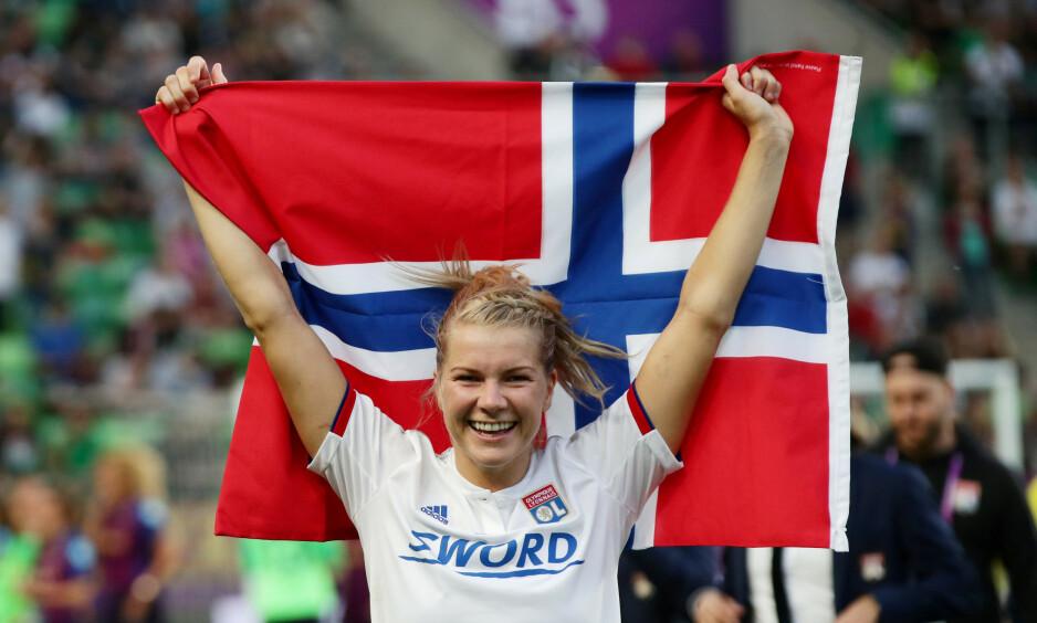 FÅR STØTTE: Trine Rønning kjenner seg igjen i mye av Ada Hegerbergs budskap. Foto: REUTERS/Lisi Niesner/File Photo