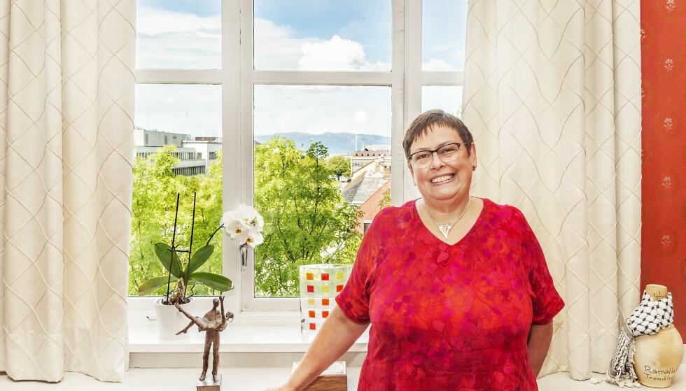 MEKTIGE RITA: Rita Ottervik har vært ordfører i Trondheim siden 2003, og er klar for fire nye år, hvis velgerne vil. Etter at Ap i mange år lå på over 40 prosent i oppslutning, har Kystad-saken og internt bråk svekket oppslutningen kraftig. Men i øyeblikket tyder målingene på fortsatt rødgrønn makt i Trondheim. Foto: Rita Ottervik/Hans Arne Vedlog