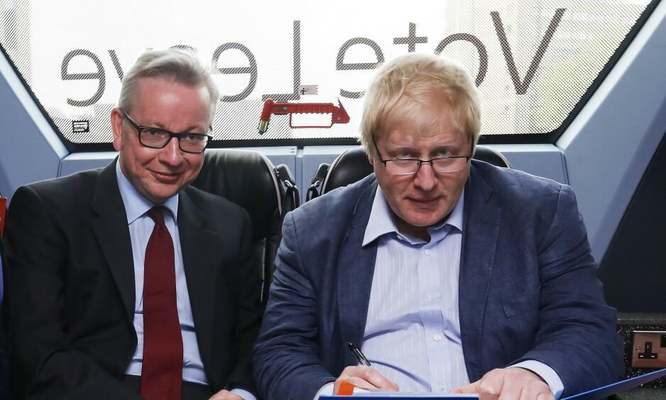 DEN GANG DA: Michael Gove og Boris Johnson på turné for «Leave»-kampanjen i 2016. På et tidspunkt støttet Gove Johnson, før han i stedet lanserte sitt eget kandidatur. Nå stiller de mot hverandre igjen, og begge har en erkjennelse til felle. Foto: James Fraser / Rex / NTB Scanpix