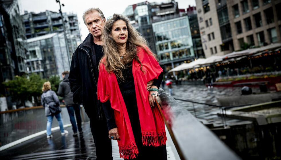 TOK FARVEL: Kjæresteparet Line Kristin Woldbeck og Arne Strømme var på Leopold Cafe i Mumbai da terroristene angrep. De trodde ikke de skulle komme fra det i live. Foto: Christian Roth Christensen