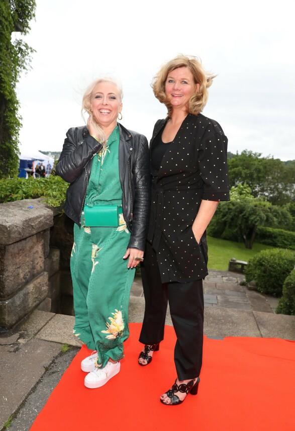 KOM SAMMEN: Programleder Anne Lindmo kom sammen med NRK-profilen Mona B. Riise. Foto: Andreas Fadum / Se og Hør