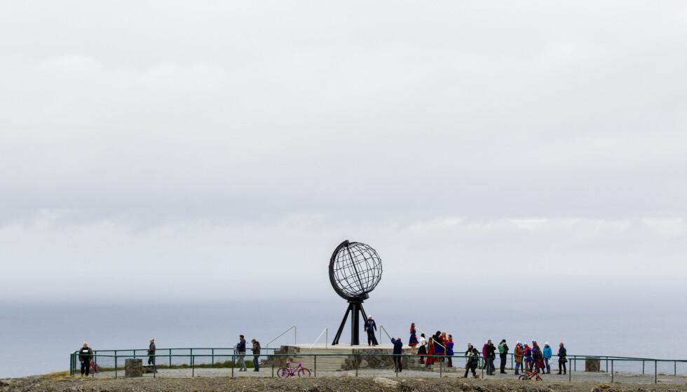 NORDKAPP: Turistattraksjonen går en stormfull sommer i møte. . Foto: Vegard Wivestad Grøtt / NTB scanpix