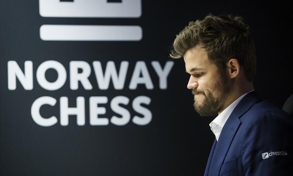 SVARER: Magnus Carlsen har fått mye kritikk de siste dagene. Nå svarer han. Foto: Carina Johansen / NTB Scanpix