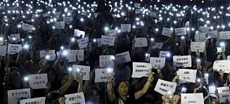 Hongkong-leder ber om unnskyldning