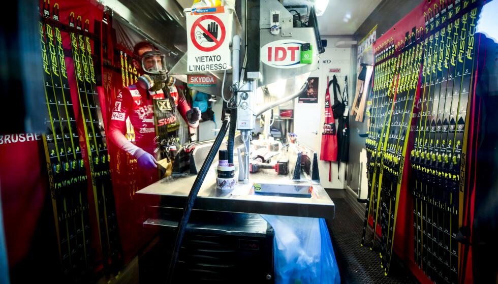 FORBUD: I de profesjonelle smøretrailerne er fluor fortsatt i bruk. Det ønsker vårmøtet i norsk langrenn å endre på. Foto: Lise Åserud / NTB scanpix