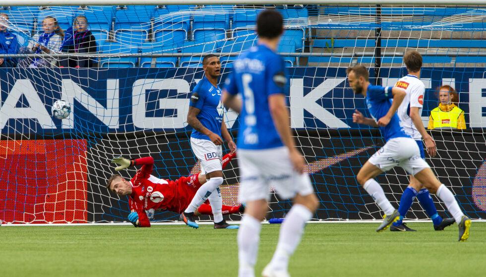 1-0: Magnus Wolff Eikrem har nettopp gitt Molde 1-0-ledelse mot Ranheim. Foto: Svein Ove Ekornesvåg / NTB scanpix