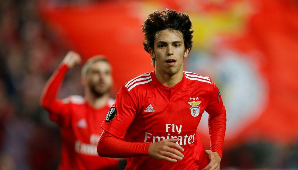 STORTALENT: Benficas João Félix har imponert stort i den røde trøya. Det har skaffet oppmerksomhet fra store deler av Europa. Foto: Pedro Nunes/Reuters/NTB Scanpix