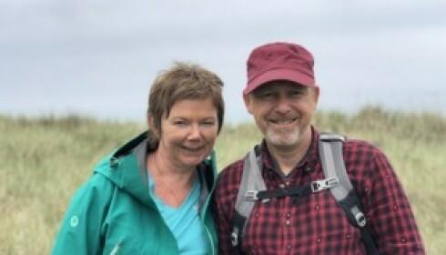 STØTTER FAMILIEN: Domprest Ragnhild Jepsen og pilgrimsprest Einar Vegge er familievenner og støttespillere for Abbasi-familien. Foto: Privat