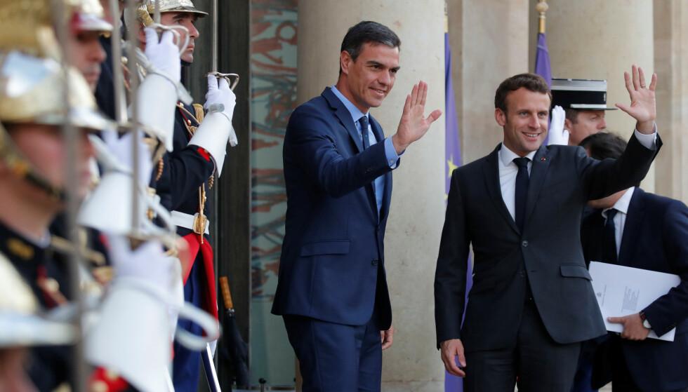 VENDEPUNKT: Presidenten i Frankrike, Emmanuel Macron, tok imot den spanske statsministeren, Pedro Sánchez, i Elysée-palasset like etter valget til Europaparlamentet i mai. De to ser ut til å legge felles planer for framtida i EU. Men det vil kreve hjelp fra andre politiske familier. Foto: REUTERS / NTB Scanpix / Charles Platiau