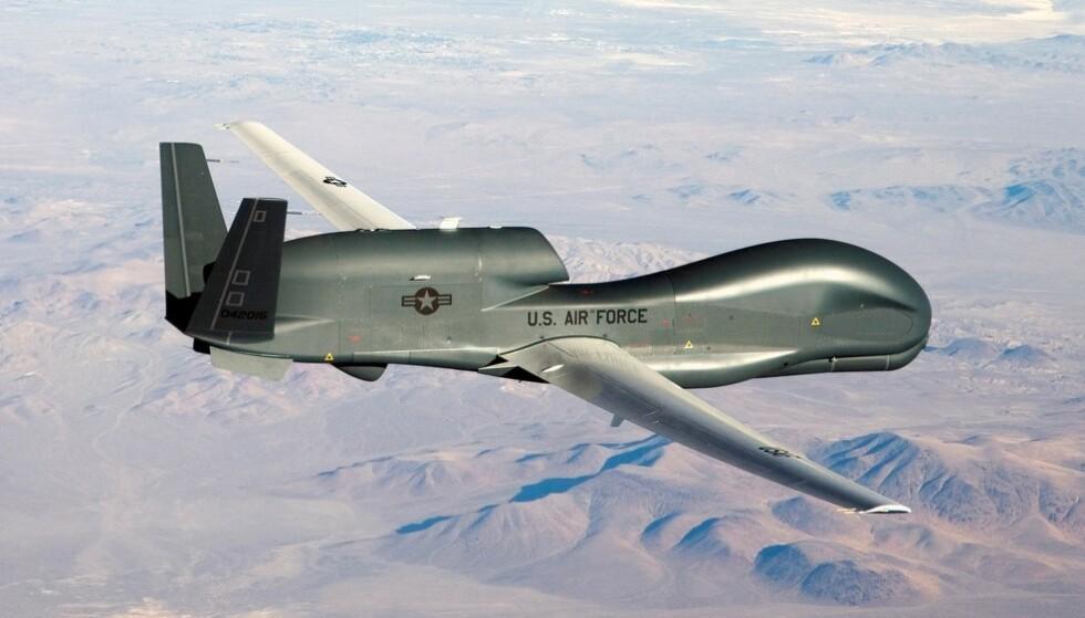 AMERIKANSK DRONE: Foreløpig er disse våpnene styrt av piloter på bakken. I framtida vil de styre seg selv og bestemme målet ved hjelp av kunstig intelligens.