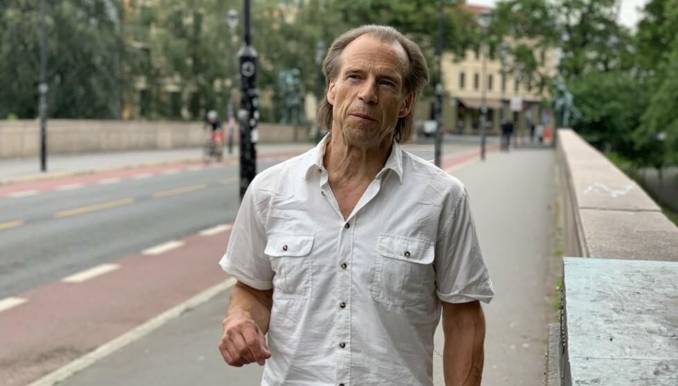 HANDLINGSPLAN: Jan Bøhler (Ap) sier han daglig er i kontakt med ungdom som forteller om hvordan knivrelaterte trusler og vold rammer. Han krever en nasjonal handlingsplan mot utviklingen. Foto: Jørgen Gilbrant