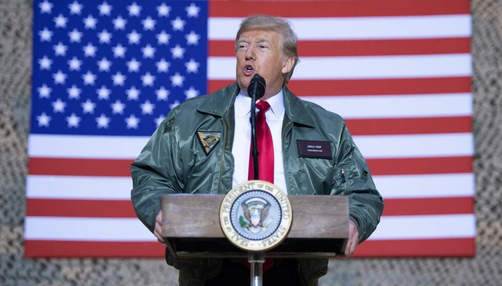 ØVERSTKOMMANDERENDE: Donald Trump under et besøk til Irak i fjor. Foto: AFP / NTB Scanpix