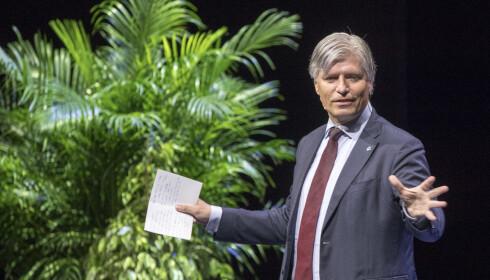 AMBISIØS: Klima- og miljøminister Ola Elvestuen (V). Foto: Terje Pedersen / NTB Scanpix
