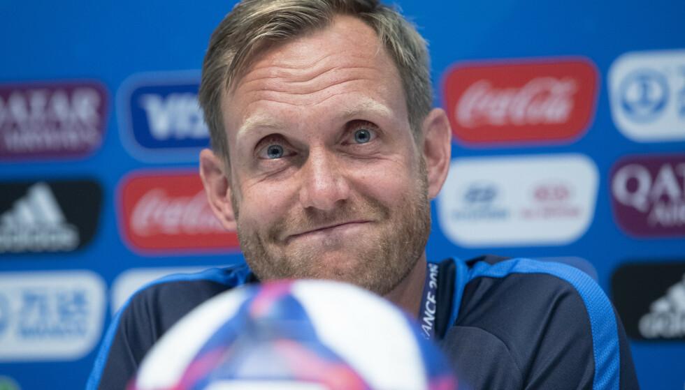 HAR TRUA: Det er ingenting i Martin Sjögrens tankesett som ikke tilsier at Norge slår England. Sånn er det for jentene også. Det har skjedd noe alvrlig godt med Norge kvinner A her i Frankrike. Det kan ta dem til Lyon og kampene om VM-medaljene. Foto: NTB/Scanpix