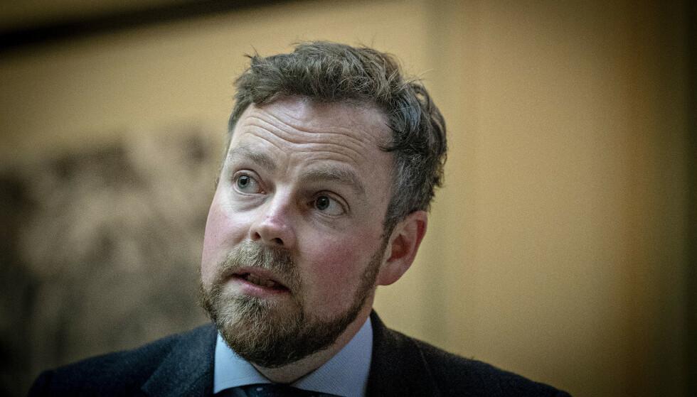 ØVERSTE SJEF: Som næringsminister er Torbjørn Røe Isaksen (H) øverste sjef for Innovasjon Norge, som står bak den kontroversielle Sommarøya-kampanjen. Foto: Bjørn Langsem / Dagbladet