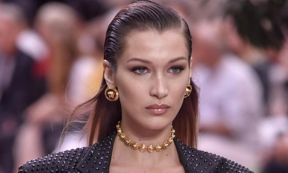 TO PROFILER: Supermodell Bella Hadid er bare en av kjendisene som har hemmelige Instagram-kontoer. Foto: NTB scanpix