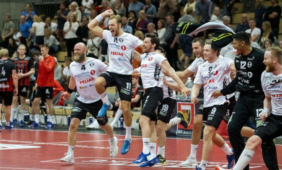 <strong>TØFF MOTSTAND:</strong> Elverums håndballherrer får tøffe lag å bryne seg på i mesterligaen. Foto: Tor Erik Schrøder / NTB scanpix