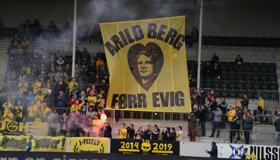 HEDRET: Arild Berg døde forrige helg og Glimt-supporterne ville hedre Bodø-legenden. Foto: Fredrik Hagen / NTB scanpix