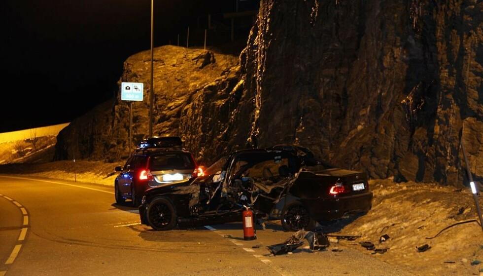 OMKOM: Dødsulykken skjedde tirsdag 7. mars 2017 på fylkesveien mellom Nordheimsund og Tørvikbygd i Hordaland. Foto: Statens Vegvesen