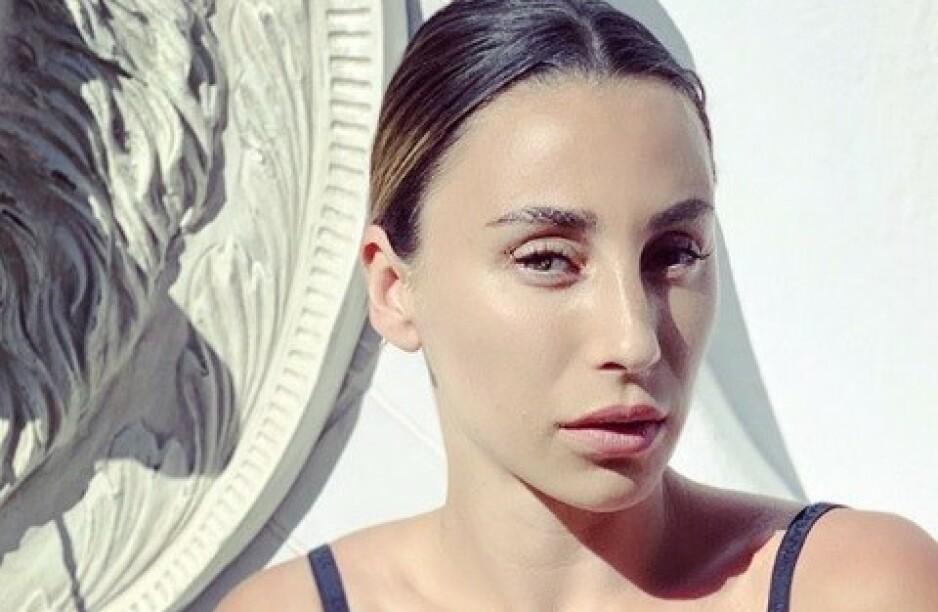 UBEHAGELIG: Den danske popstjerna Medina opplevde et ubehagelig møte med en stalker. Nå forteller hun om hendelsen i et nytt intervju. Foto: Skjermdump fra Instagram