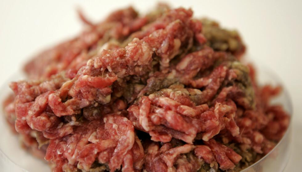 KJØTTSTANS: Hypermat i Charlottenberg har fått forbud mot å selge egen kjøttdeig etter at det ble funnet e.coli-bakterier i kjøttdeigen. Bildet er tatt i en annen anledning. Foto: NTB Scanpix