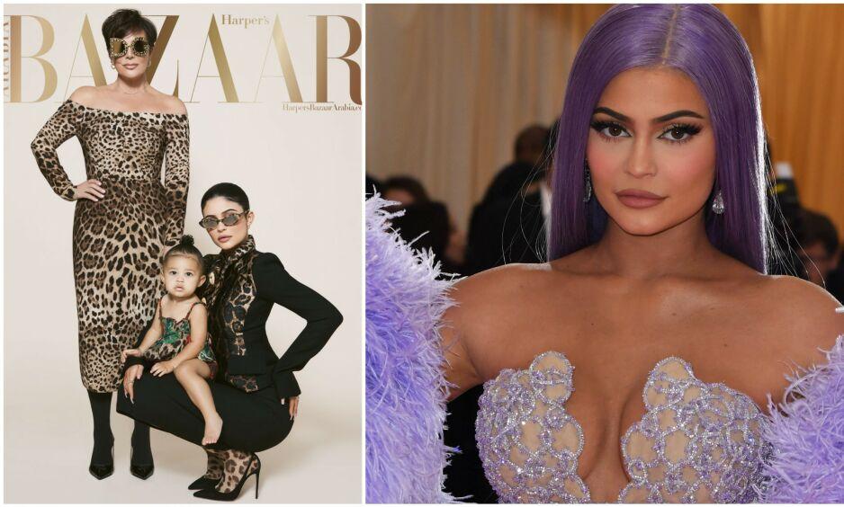DEBUTERER SOM MODELL: Denne måneden pryder Kylie Jenner forsiden av Harper's Bazaar Arabia sammen med moren Kris Jenner og datteren Stormi Webster. En slik eksponering av barn frarådes av barnepsykolog, som mener det beviselig kan ha skadelig effekter på barna. Faksimile: Harpers Bazaar Arabia/ NTB Scanpix