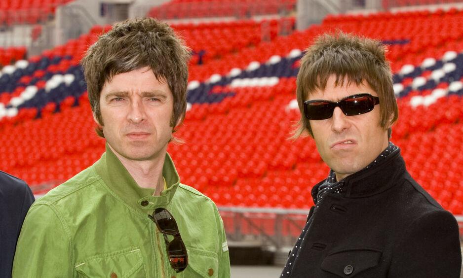 BITTER SPLID: Noel og Liam Gallagher har de siste åra hatt et anspent forhold til hverandre. Heller ikke Noels kone vil ha noe med svigerbroren å gjøre. Foto: NTB Scanpix